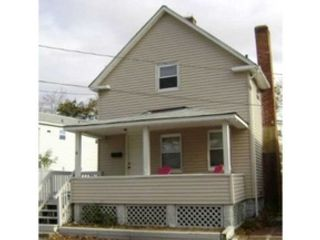 2 BR,  2.50 BTH  Single family style home in Schaumburg